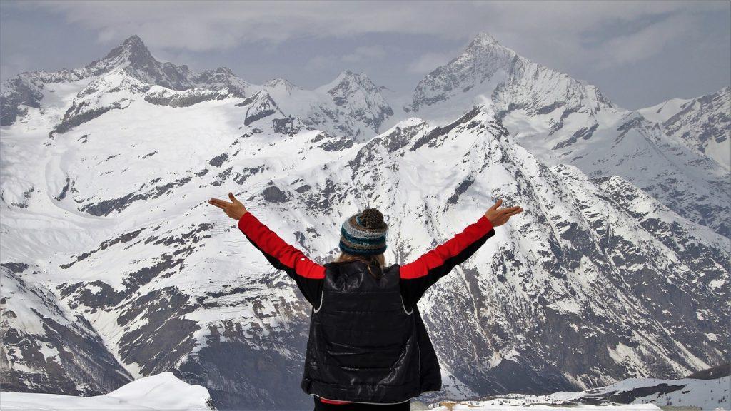 Chaquetas, chalecos y sudaderas ideales para obsequiar en invierno